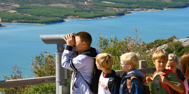 Discover Vransko Lake Nature Park with a professional guide at a promotional price!