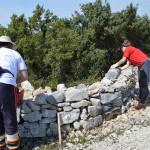 odrzana_volonterska_akcija_obnove_suhozida_senicne_ceste_u_modravama_11