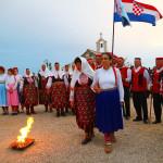 sinergija-izlagaca-konopasa-i-folklornih-skupina-na-vidikovcu-kamenjak-15